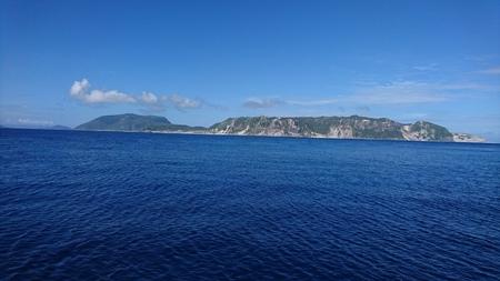 式根島から新島.JPG